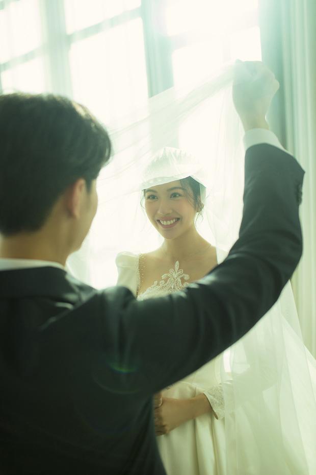 Thuý Vân tung ảnh cưới với ông xã doanh nhân trước thềm hôn lễ: Ánh mắt và nụ cười hạnh phúc nói lên tất cả! - Ảnh 11.