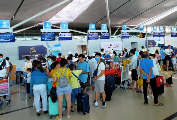 Miễn phí thay đổi chuyến bay, giờ bay, hành trình mọi chuyến bay nội địa  - Ảnh 1.