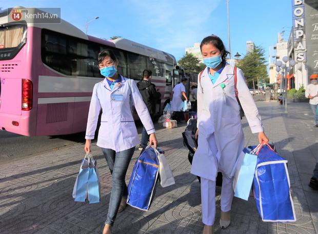 Nữ bác sỹ trẻ xinh đẹp ở Bình Định xung phong vào tâm dịch chi viện cho Đà Nẵng: Khi nào hết dịch con mới về! - Ảnh 3.