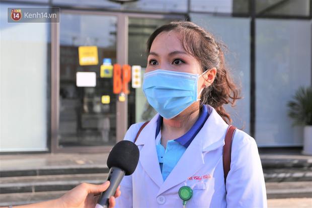 Nữ bác sỹ trẻ xinh đẹp ở Bình Định xung phong vào tâm dịch chi viện cho Đà Nẵng: Khi nào hết dịch con mới về! - Ảnh 1.