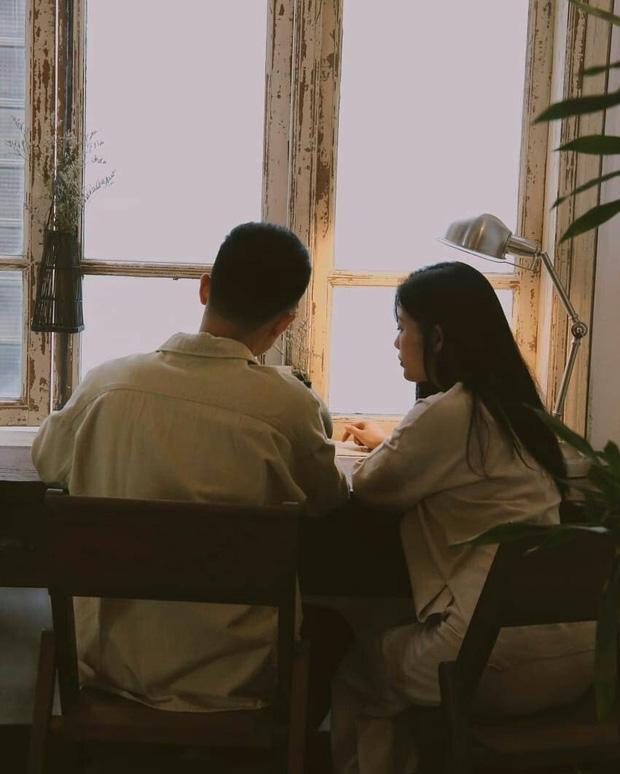 Cái gì cũng có thể tạm bợ, duy chỉ có tình yêu là không thể nên dù cô đơn cũng đừng yêu gấp, cưới vội - Ảnh 2.
