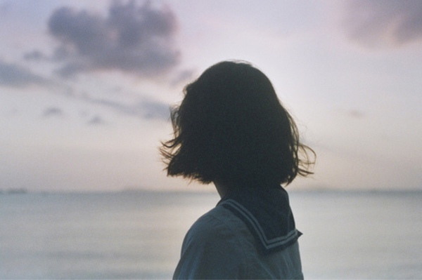 cho em xin ảnh phụ nữ buồn nhé ! cám ơn | ask.fm/T_lens_anime