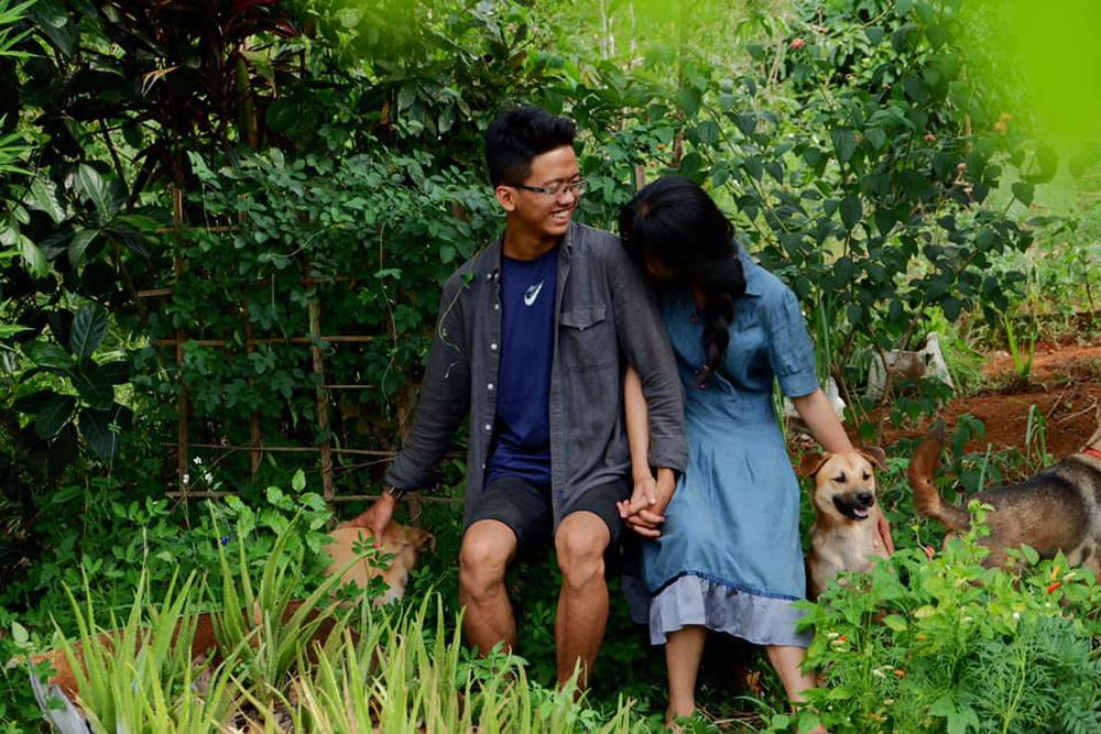 Những mẩu chuyện chưa kể của đôi vợ chồng trẻ bỏ phố về rừng: Không phải ai sinh ra cũng để trồng rau, nuôi cá - Ảnh 4.