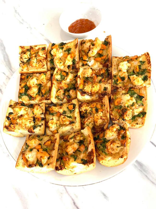 Nhà còn bánh mì thừa tận dụng làm món ăn này bằng nồi chiên không dầu, đảm bảo ai ăn cũng khen hết lời - Ảnh 5.