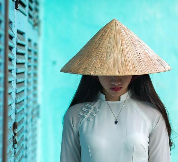 Chùm ảnh: Nhiếp ảnh gia Pháp yêu Việt Nam từ cái nhìn đầu tiên, dành cả thập kỷ du ngoạn và tạo ra những tác phẩm nghệ thuật để đời - Ảnh 6.