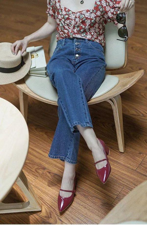 Đừng mãi quanh quẩn với giày đen/trắng nữa, giày đỏ mới thực sự giúp nâng tầm style và khiến bạn trông sang như gái Pháp - Ảnh 7.