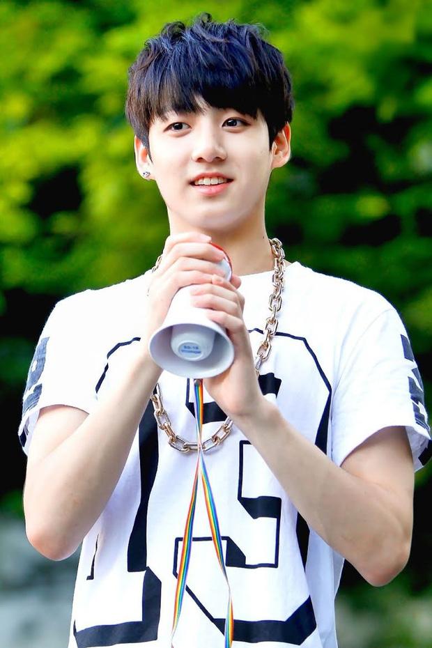 Nam thần Jungkook (BTS) suýt bị loại khỏi BTS dù tài năng nhất nhì nhóm, nhờ nhân vật đặc biệt mới có thể debut! - Ảnh 5.