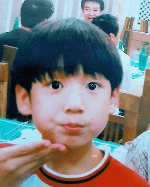 Nam thần Jungkook (BTS) suýt bị loại khỏi BTS dù tài năng nhất nhì nhóm, nhờ nhân vật đặc biệt mới có thể debut! - Ảnh 3.
