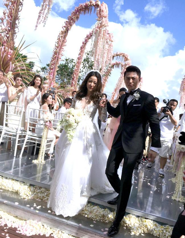 """4 năm hôn nhân giữa Lâm Tâm Như - Hoắc Kiến Hoa: Trước khi cãi nhau tới mức bỏ mặc vợ một mình, Hoắc Kiến Hoa từng """"5 lần 7 lượt"""" khiến Lâm Tâm Như hứng mũi rìu dư luận - Ảnh 4."""