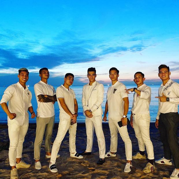 """2 siêu đám cưới hot nhất Vbiz tại Phú Quốc: Đông Nhi và Công Phượng đều mời dàn khách khủng, khung cảnh hôn lễ đẹp """"lả người"""" - Ảnh 16."""