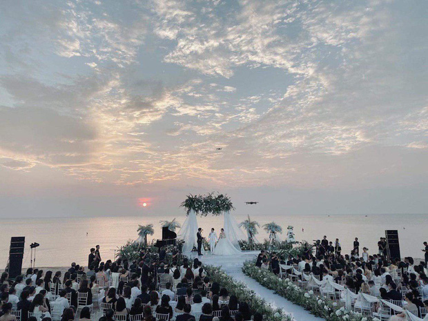 """2 siêu đám cưới hot nhất Vbiz tại Phú Quốc: Đông Nhi và Công Phượng đều mời dàn khách khủng, khung cảnh hôn lễ đẹp """"lả người"""" - Ảnh 11."""