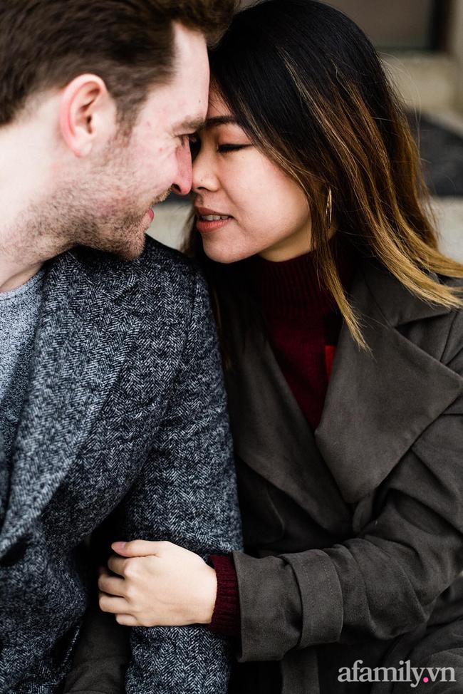 """Sau 3 lần hẹn hò, cô gái Việt thẳng thắn xác lập quan hệ yêu đương với chàng trai Canada, lời đề nghị kết hôn trong cơn say dẫn đến màn """"cưới chui"""" cực bất ngờ - Ảnh 4."""