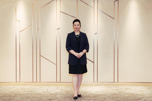 Hóa ra mẹ vợ của thiếu gia Phan Thành là giám khảo Hoa hậu Hoàn vũ VN với câu nói gây ám ảnh Trừ điểm thanh lịch! - Ảnh 5.
