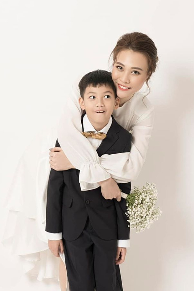 Cường Đô La đăng ảnh cả gia đình mừng sinh nhật Đàm Thu Trang, hành động của Subeo với mẹ kế chiếm spotlight - Ảnh 6.