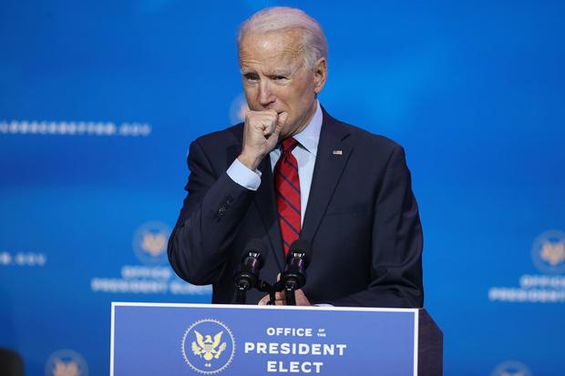 Nhà báo đi cùng ông Joe Biden nhiễm Covid-19, tân Tổng thống đắc cử hiện đang ho rất nhiều - Ảnh 2.