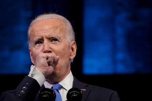 Nhà báo đi cùng ông Joe Biden nhiễm Covid-19, tân Tổng thống đắc cử hiện đang ho rất nhiều - Ảnh 1.