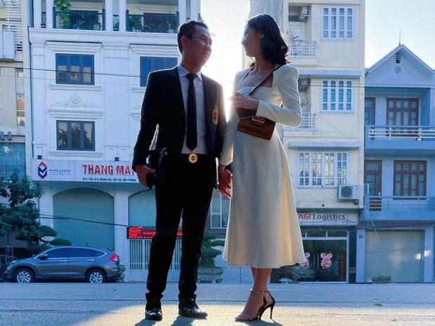 HOT: Chồng cũ Lệ Quyên hẹn hò thí sinh gây tiếc nuối nhất Hoa hậu Việt Nam 2020 Cẩm Đan, hơn kém nhau 27 tuổi - Ảnh 3.