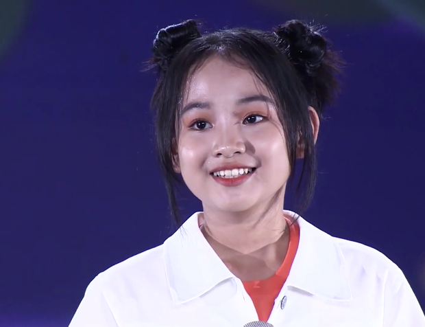 """Cô bé """"hỗn hào"""" từng gây sóng gió trên truyền hình bất ngờ tái ngộ khán giả tại Giọng Hát Việt Nhí - Ảnh 5."""