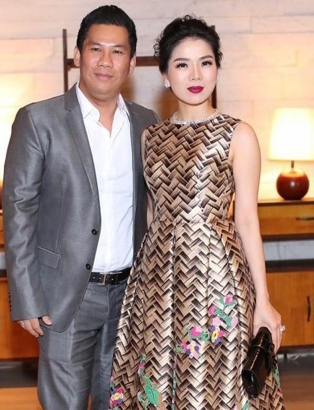HOT: Chồng cũ Lệ Quyên hẹn hò thí sinh gây tiếc nuối nhất Hoa hậu Việt Nam 2020 Cẩm Đan, hơn kém nhau 27 tuổi - Ảnh 4.