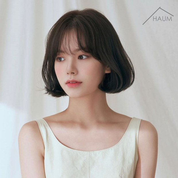 6 kiểu tóc ngắn giúp gương mặt nhỏ gọn thanh thoát, lại ăn gian tuổi cực siêu khiến bao nàng muốn thử - Ảnh 2.