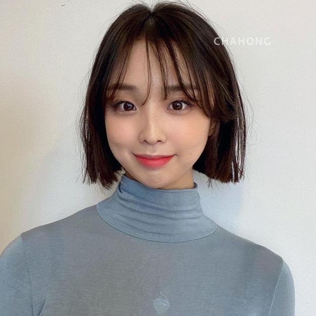 6 kiểu tóc ngắn giúp gương mặt nhỏ gọn thanh thoát, lại ăn gian tuổi cực siêu khiến bao nàng muốn thử - Ảnh 4.