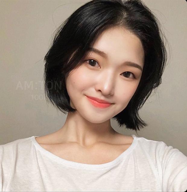 6 kiểu tóc ngắn giúp gương mặt nhỏ gọn thanh thoát, lại ăn gian tuổi cực siêu khiến bao nàng muốn thử - Ảnh 3.