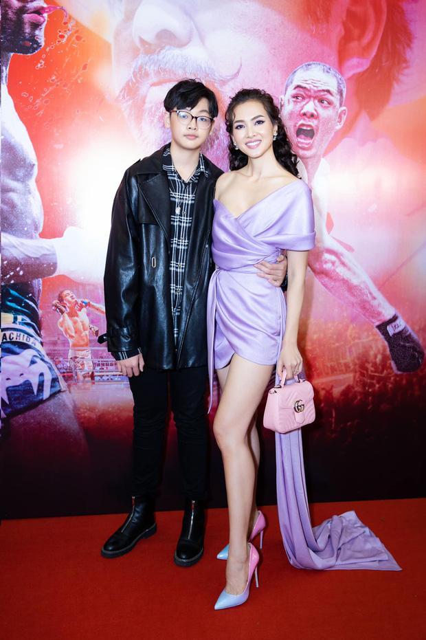 """Con trai nữ chính Tuyết Nhiệt Đới mới 14 tuổi đã cao 1m80, đứng cạnh mẹ """"sừng sững"""" như nam thần! - Ảnh 5."""