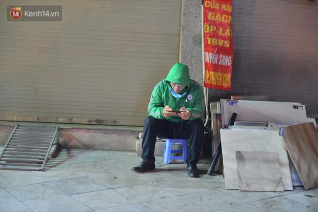 Câu chuyện về đội thiên thần cứu hộ giúp đỡ hàng nghìn người gặp nạn trên đường phố Hà Nội: Rét mấy cũng trực cứu người! - Ảnh 1.