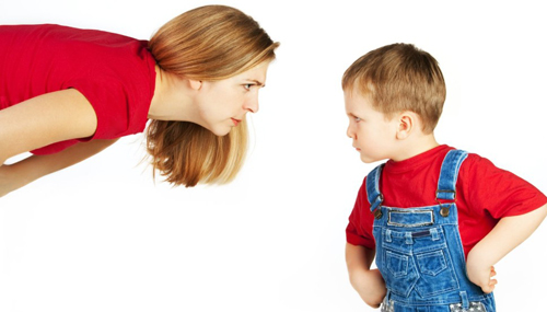 Nhắc nhở trẻ không bao giờ nghe ngay lần đầu, vì sao?