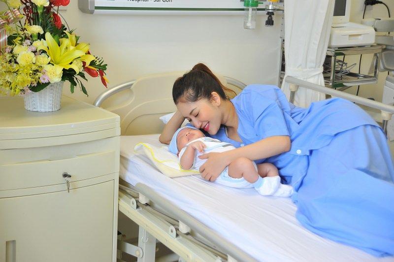 Phương pháp gây tê ngoài màng cứng giúp mẹ bầu sinh không đau