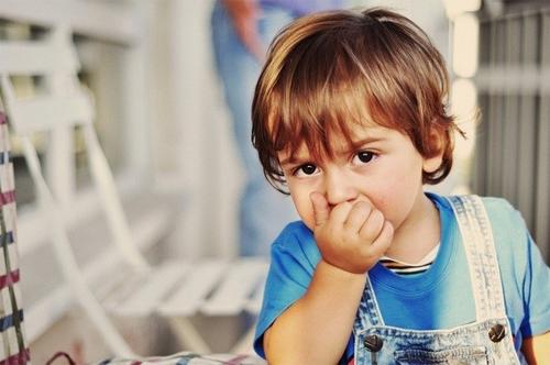Dấu hiệu của một đứa trẻ thông thái hơn cha mẹ chúng