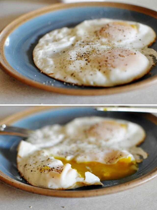 Bỏ bí kíp cũ đi, đây mới chính là cách bạn nên rán trứng ốp la đơn giản và ngon nhất