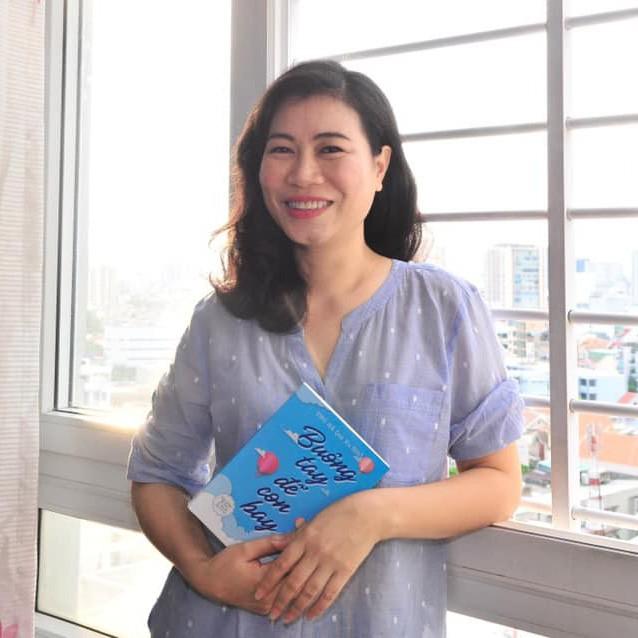 Nhà báo Thu Hà: 'Bao nhiêu ông bố Việt Nam coi kiếm tiền là việc lớn nhưng dạy con là việc nhỏ?'