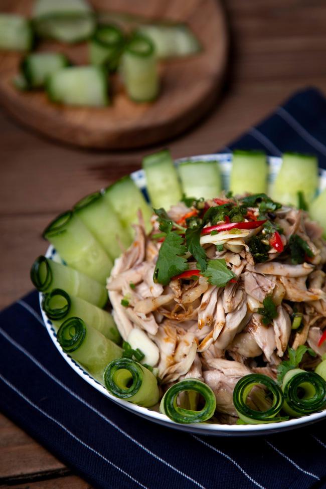 Cả nhà mắt tròn mắt dẹt bất ngờ với đĩa salad tôi làm vì ngon đẹp còn hơn cả nhà hàng