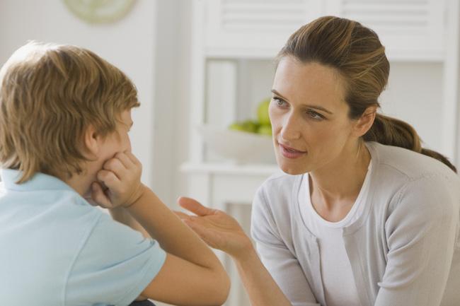 4 điều các bậc phụ huynh nhất định không được làm khi con cái bị bắt nạt ở trường