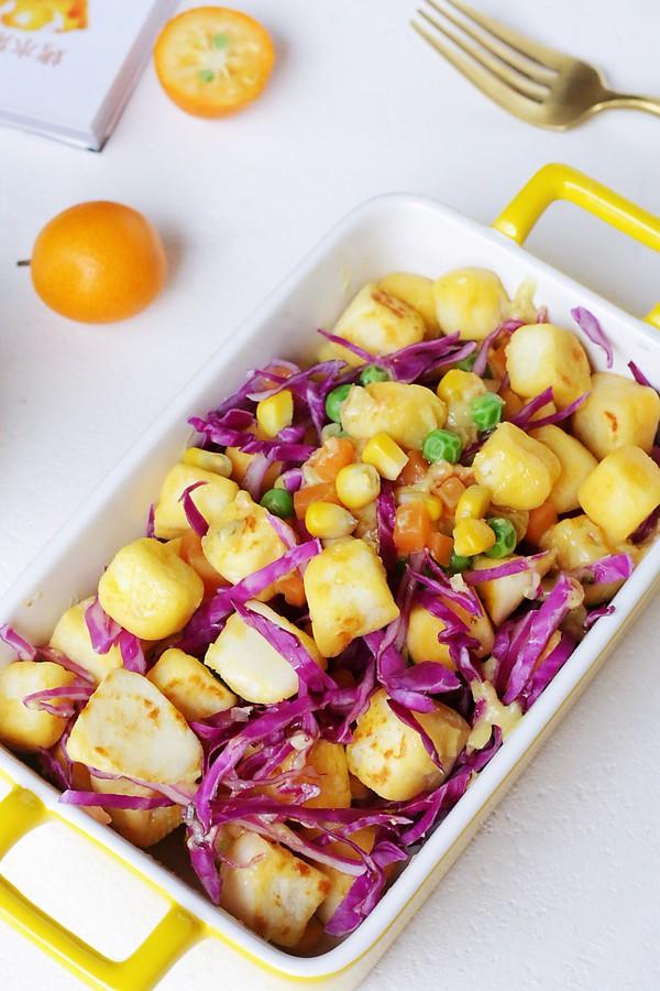 Bữa tối chỉ cần một đĩa salad thế này vừa ngon miệng lại giúp giảm cân