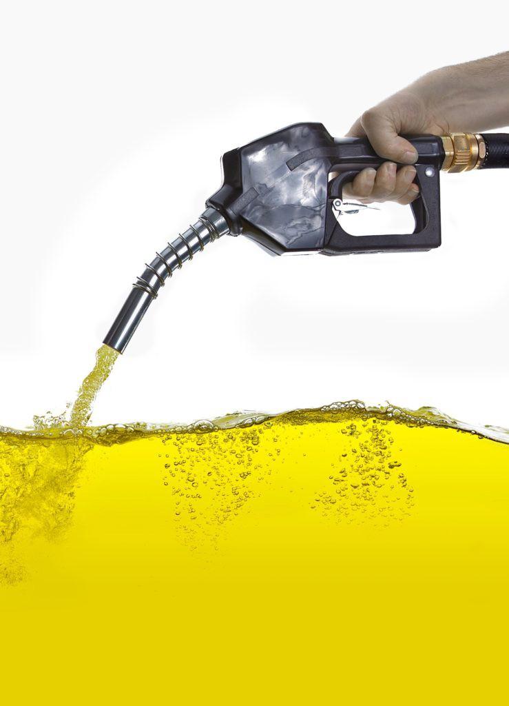 Dù rất độc, nhiều người lại thích ngửi mùi xăng dầu và lời lý giải xác đáng của giới khoa học