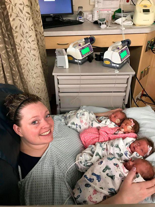 Một phát sinh liền 4 đứa con, câu chuyện đằng sau giúp bà mẹ này lập kỉ lục thế giới chưa phụ nữ nào làm được