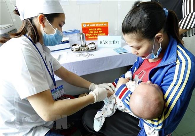 9 loại vắc-xin phụ huynh cần biết để tiêm cho trẻ dưới 12 tháng