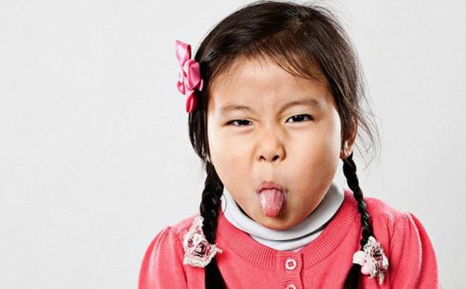 Những hành vi xấu của con – mẹ cần chấn chỉnh ngay kẻo hối không kịp
