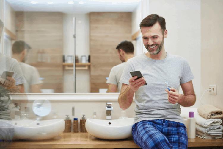 7 thói quen không tốt cho sức khỏe trong phòng tắm