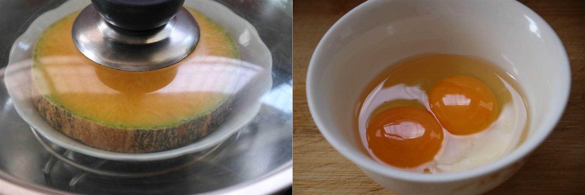 Bé đang ăn dặm không thể bỏ qua món trứng hấp bí đỏ mềm mượt đầy dinh dưỡng