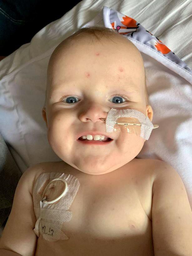 Lây thủy đậu từ chị gái, chưa đầy 1 tháng sau mẹ sốc nặng khi biết con mắc một dạng ung thư 'hung hãn' vì nhiễm trùng