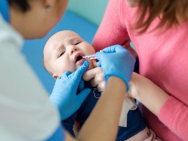 Những mũi vắc xin cần thiết ngoài chương trình tiêm chủng mở rộng cha mẹ nhất định phải tiêm cho trẻ