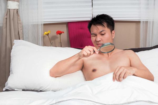 Trai trẻ cũng có thể hoảng loạn vì rối loạn cương