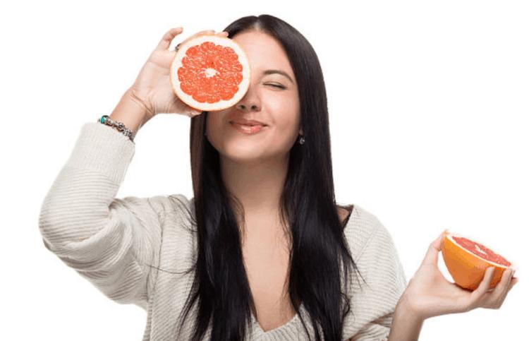 3 cách nấu vỏ bưởi gội đầu giúp bạn xua tan nỗi lo rụng tóc