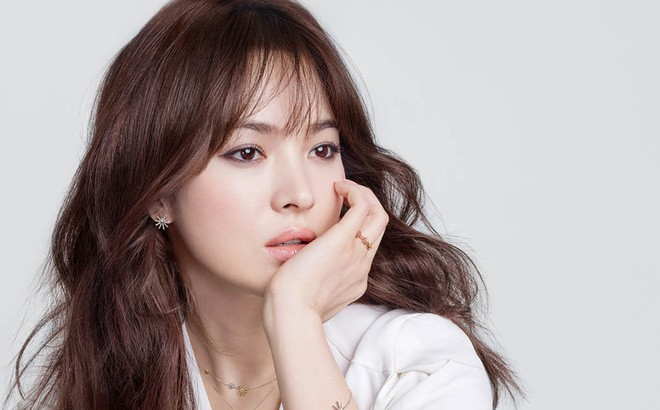 Song Hye Kyo từng chứng kiến sự tan vỡ của bố mẹ, và khoa học đã chứng minh nó tác động không nhỏ tới chuyện tình cảm của cô