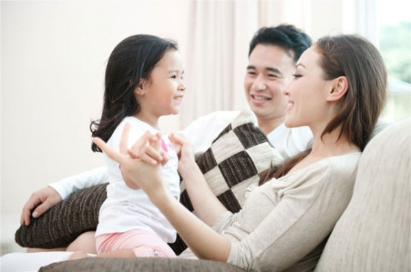 Loạt bí quyết giúp trẻ trở nên tự tin, mạnh mẽ hơn mà bố mẹ nào cũng cần ghi nhớ