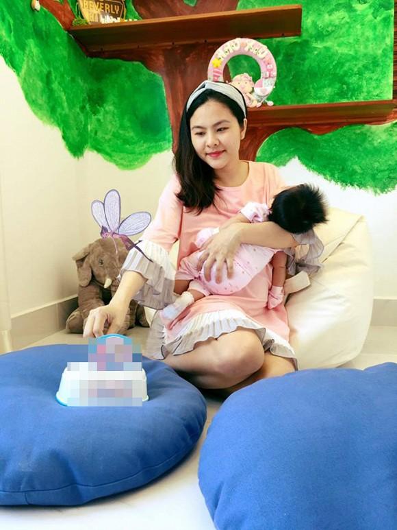 Điểm danh dàn sao Việt khi mang bầu nhan sắc tuột dốc không phanh, xấu đến mức không nhận ra