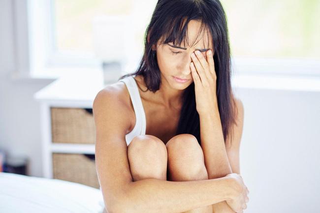 Đừng cậy trẻ mà muốn ngủ thế nào thì ngủ: Chỉ cần 1 đêm không ngon giấc là bạn cũng có nguy cơ mắc căn bệnh sa sút trí tuệ này